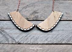 Lindo collar colgante de madera corte del por TheTwentyFingers