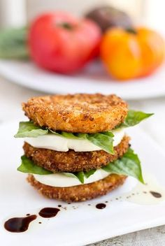 Crispy Fried Heirloom Tomatoes / This is spectacular!