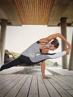 Athleta Workout Clothes | Fitness Apparel | Yoga Clothes Shop @ FitnessApparelExpress.com