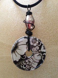 Black & white bird washer necklace