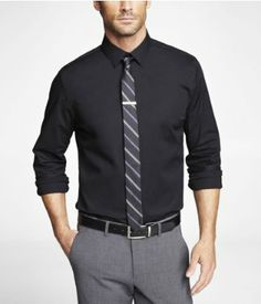 Express Mens Modern Fit Stretch Cotton Shirt Black Button Down Black Outfit Men, Shirt And Tie Combinations, Business Attire For Men, Formal Dresses For Men, Latest Mens Fashion, Fashion Men, Corporate Wear, Professional Outfits, Well Dressed Men