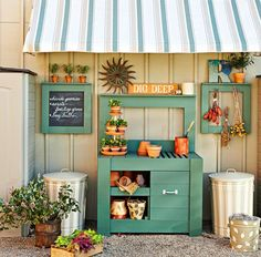 DO believe we JUST fell in LOVE with this potting bench! A MUST have!