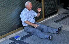 Heartbreaking Photos Show A Greek Man Crying Over His Country Outside A Bank Thessaloniki, Greek Men, Bbc World Service, Herald News, Bank Branch, Human Photography, Happy End, Crying Man, Uplifting Thoughts