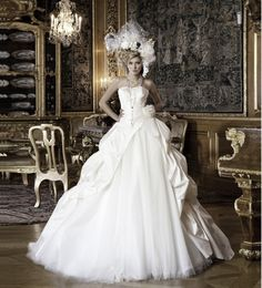 this is landybridal latest design of the wedding dress,very fashion and noble     2013 wedding dresses