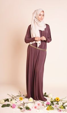 CLICK ON THE IMAGE FOR THE OUTFIT DETAILS!!!!! | www.hashtaghijab.com | Hijabista | Hijab Fashion | Hashtag Hijab | Inayah