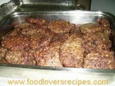 Liver Recipes, Beef Recipes, Cooking Recipes, Beef Dishes, Food Dishes, Other Meat Recipes, Fish Cakes Recipe, South African Recipes, Savory Snacks