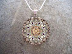 Keltischer Schmuck  Glas Anhänger Halskette  von SolasJewelry