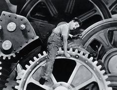 """""""Dzisiejsze czasy"""" 1936 r., reż. Charles Chaplin"""