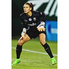 Hope Solo, Football Usa, Equipement Football, Soccer Pictures, Softball Team Pictures, Girls Soccer, Nike Soccer, Soccer Cleats, Beautiful Athletes