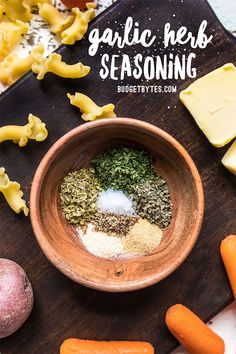 This easy AllPurpose Garlic Herb Seasoning goes great with meat seafood vegetables pasta rice and more Add it to all of your favorite food for a burst of garlicky flavor Homemade Dry Mixes, Homemade Spice Blends, Homemade Spices, Homemade Seasonings, Spice Mixes, Meat Seasoning, Vegetable Seasoning, Garlic Herb Seasoning Recipe, Garlic And Herb Marinade Recipe