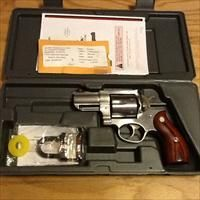 """Redhawk 44 magnum by Ruger 2.5"""" Stainless Steel DA/SA Ruger Redhawk New in case  Guns > Pistols > Ruger Double Action Revolver > Redhawk Type"""
