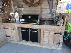 26 Super Cool Outdoor Bars For Your Home outdoor bar ideas diy, outdoor bar idea. Diy Outdoor Bar, Build Outdoor Kitchen, Backyard Kitchen, Outdoor Kitchen Design, Outdoor Cooking, Outdoor Kitchens, Diy Außenbar, Porch Grill, Grill Bar