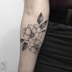 Done by @marla_moon  #whichinkilike #linework #blackwork #blackandwhite #tattoo #tattoogallery #blackwork #blacktattoo #goodtattoos  #bw #tattoos #tat #tatuaje #tattooed #tattooartist #tattooart #tattoolife #tattoodesign #tattooist #best #awesome #ink #art #design #artist #illustration #marla_moon_wiil