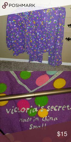 Victoria's secret pajama set Victoria's secret pajama set. It is in very good condition. Size small Victoria's Secret Intimates & Sleepwear Pajamas