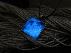 Crystal pyramid necklace glow in dark,Glow necklace,Pyramid necklace,Christmas gift