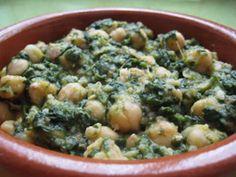 Espinacas con Garbanzos - Spanish typical side dish garbanzo beans ...