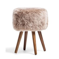Look to the New Zealand Sheepskin Stool to dress up your favorite spaces. Shop the Apollo Box for accent stools and trendy home decor. Trendy Home Decor, Inexpensive Home Decor, Cheap Home Decor, Diy Home Decor, Room Decor, Design Shop, Fluffy Stool, Faux Sheepskin Rug, Apollo Box
