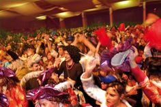 ¡La fiesta más esperada de muchos está casi aquí! ¿Qué (más)cara te podrás este año? #CarnavalRoses2014 #aRoses #inCostaBrava