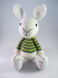 Benny The Bunny Amigurumi Pattern