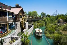 Panoramique Far West Attraction, Parc A Theme, Destinations, Le Far West, Parcs, Amusement Park, Dream Vacations, Spain, Places To Visit
