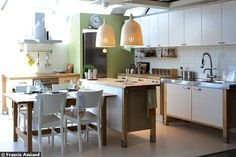 kitchen. varde.
