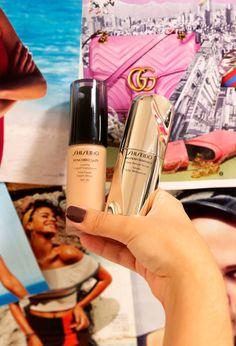 São tantos cosméticos de cuidados faciais que a gente fica até confusa na hora de de aplicar os produtos na pele, não é? Rola aquela dúvida do que passar primeiro, o que vem antes do que, e, principalmente, qual funciona melhor em cada tipo de pele. E sim, é super importante entender o produto para saber todas as suas funcionalidades e usar do jeito certo - o resultado pode variar muito quando não seguimos um passo a passo de beleza. Diffuser, Serum, Make Up, Skin Care, Base, Beauty, Diva, Korean, Products