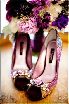 f1634845bd6b Ways to Use Purple Color throughout Your Wedding