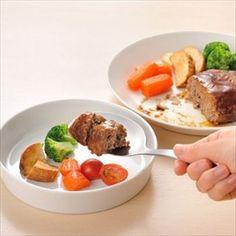 お皿の上でカットしてそのまま取り分けられる◎すくえるナイフ https://room.rakuten.co.jp/room_jp/1700008572199355?scid=we_rom_pinterest_official_20160609_r1