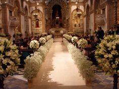 Wedding ceremony backdrop indoor hotel New Ideas Wedding Ceremony Ideas, Wedding Arch Rustic, Church Wedding Decorations, Chapel Wedding, Wedding Centerpieces, Wedding Bouquets, Wedding Flowers, Wedding Church, Church Ceremony