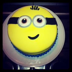 My attempt at an easy minion cake