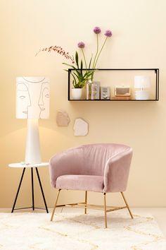 Kunnen we jouw interieur nóg mooier maken met onze unieke collectie meubelen en accessoires? Neem snel een kijkje. Home Studio, Most Beautiful Pictures, Ottoman, Small Bedrooms, Bedroom Inspiration, Interior Design, Chair, House, Number