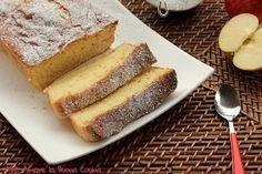 Il Plumcake Mele e Mascarpone è un soffice dolce ideale per la prima colazione, ma anche per una sana merenda. Si mantiene fuori dal frigorifero per circa