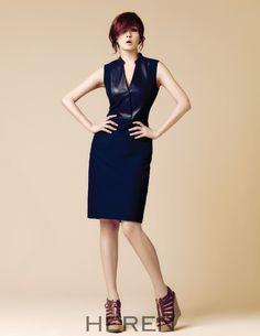 Go here for previously released shots of Kim Sun Ah from HEREN's April issue. Kim Sun Ah, Sheath Dress, Peplum Dress, Park Shin Hye, Beauty Tutorials, Dress Suits, Pencil Dress, Actors & Actresses, Korean