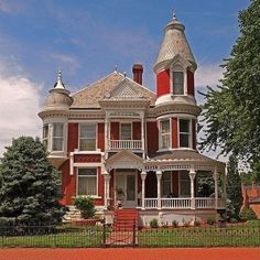 Victorian Design | Historic Architecture | Curb Appeal | Ornate Houses