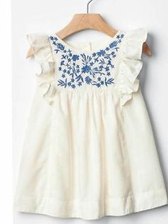 White cotton baby dress with blue floral embroidery. - Baby Girl Dress - Ideas of Baby Girl Dress Little Girl Fashion, Toddler Fashion, Fashion Kids, Fashion Design, Fashion Trends, Little Girl Dresses, Girls Dresses, Baby Dresses, Dress Girl