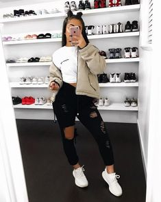 Unravel Casual Fall Outfit smart ideas (but neat) fashion girls will probably be wearing right now. casual fall outfits for women Dope Outfits, Swag Outfits, Outfits For Teens, Trendy Outfits, Fall Outfits, Summer Outfits, Grunge Outfits, Baddies Outfits, Ig Baddies