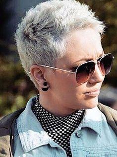 Los cortes Pixie son de gran ayuda para cuando quieres cambiar de estilo y darle magia irreconocible . Gracias a estos cortes de pelo muc...