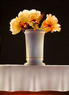 By Ottorino De Lucchi Hyperrealism, Photorealism, Painting Prints, Watercolor Paintings, Still Life Flowers, Coloured Pencils, Container Flowers, Dry Brushing, Painting Techniques