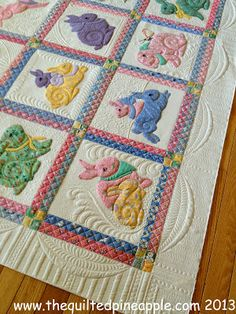Pattern: Grandma's Bunnies and quilted by THE QUILTED PINEAPPLE, love the ruler work to add extra design elements.