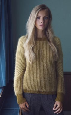 I really love this - Ingrid - Kvinder - Helga Isager - Designere Sleeveless Turtleneck, Christmas Knitting, Winter Sweaters, Cardigans For Women, Knitwear, Knit Crochet, Clothes, Jumpers, Angora Sweater