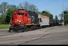 RailPictures.Net Photo: GTW 4915 Grand Trunk Western EMD GP38-2 at Pontiac, Michigan by Steve Davey