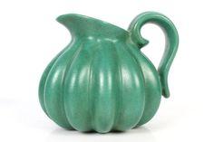 Kande fra A/S Michael Andersen - Bornholmsk Keramik.H. 13, Ø. ca. 15 cm.