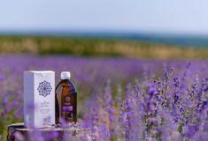 Apa de lavanda (denumita si apa florala de lavanda sau hidrolat de lavanda) este un produs secundar rezultat in procesul distilarii florilor de lavanda.