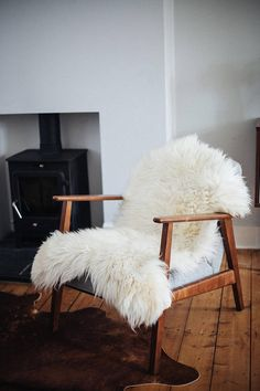 This beautiful, cosy ivory white sheepskin rug is ideal for softening floorboards or draping over chairs to create a welcoming space. It is super soft and snuggly and it adds warmth and coziness to any room. It would look beautiful in front of the fire, next to the bed, in baby's cot or just thrown over the back of the sofa. For best visual impact, use our Sheepskin Rug over dark hardwood floors, which contrast with the color and texture. These luxurious sheepskin rugs make lovely gifts for…