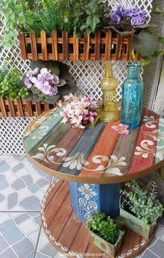 Here again we have bothered to put in use the same wooden cable reel that I had collected from a construction site in the industrial area. I got it pretty free of cost then I did some basic recycling procedures on it and turned it into a decent outdoor wooden table.