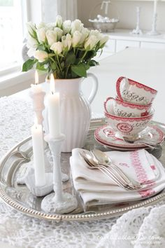 Bed And Breakfast ⊱ ᶫᵒᵛᵉᵧₒᵤ ⊰ Romantic Bed And Breakfast, Romantic Table, Little White, Red And White, Rose Cottage, White Cottage, Pip Studio, Tea Service, Vintage Country