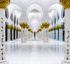 500px / Sheikh Zayed Grand Mosque, Abu Dhabi by Gerd Kainz
