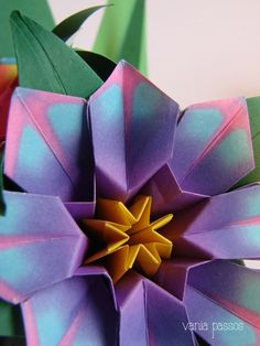 Origami - flores Paper Folding, All Art, Cactus, Bouquet, Paper Crafts, Doll, Spring, Craft Flowers, Papercraft