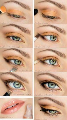 Orange is the New Black - 10 Stylishly FestiveChristmas Makeup Ideas