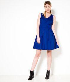 c28b8f4b39f6 Découvrez la collection de robes Camaïeu, robes femme courtes ou longues,  toujours tendance. Robe fleurie, robe fluide, robe chic pour être élégante  en ...